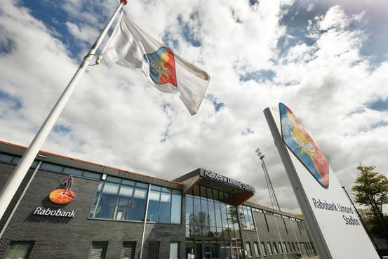 Telstar kan geen sponsor vinden voor thuishaven; Rabobank IJmond Stadion heet vanaf 1 mei 'gewoon' Telstar Stadion