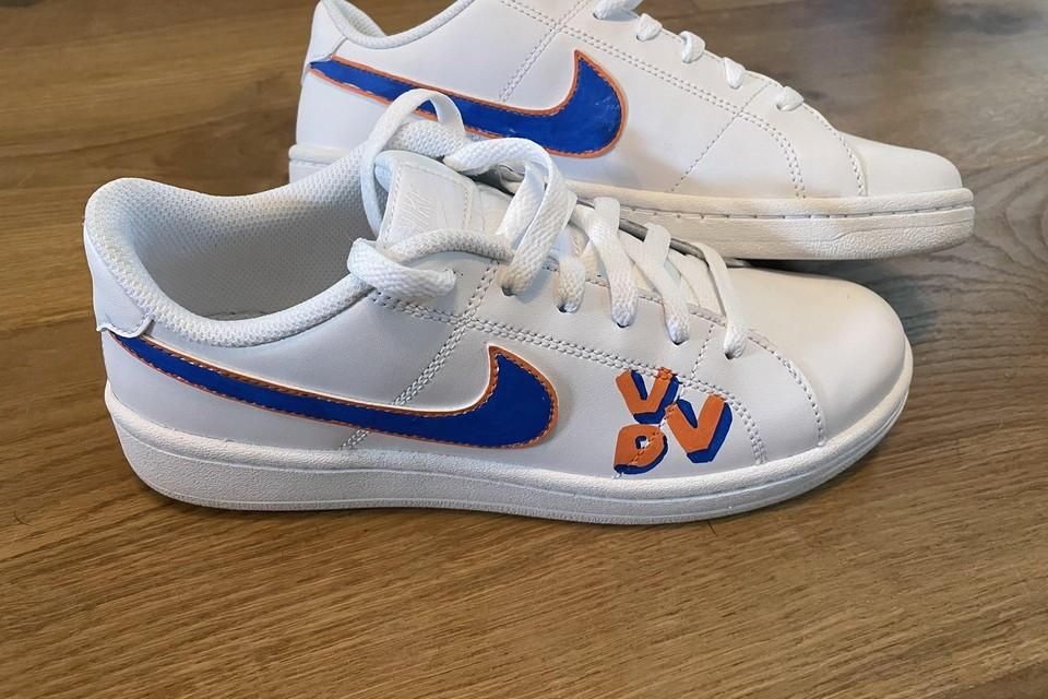 De Nikes van de VVD.