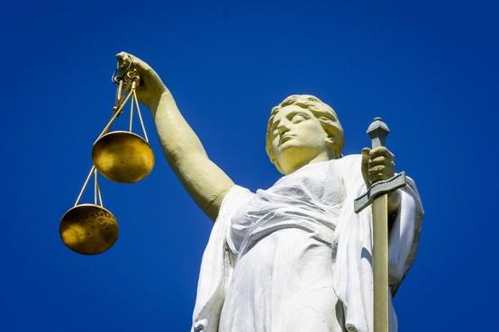 OM eist celstraf en tbs voor fors geweld tegen ex in Beverwijk en Duitsland. Slachtoffer: 'Het is een lieve jongen, maar hij is ziek'