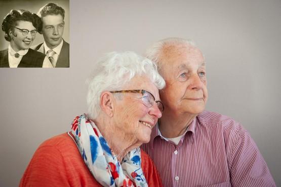 Riet Mors en Dook Deutekom wilden snel trouwen, dus de bisschop verleende dispensatie. 'Een moetje inderdaad, maar niet om die reden', lacht Riet zestig jaar later