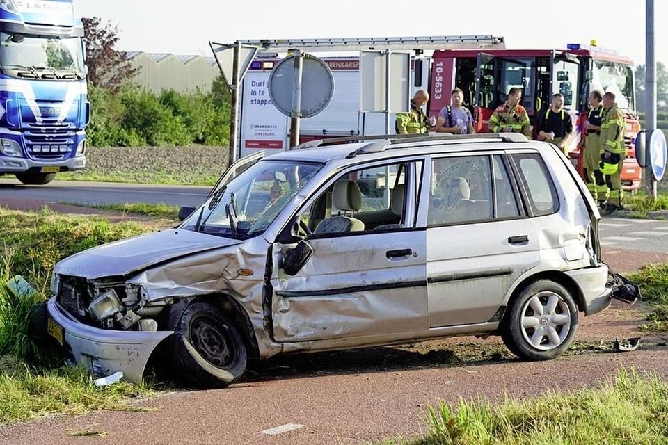 Het ongeluk van eerder deze week op de kruising Woudmeerweg/Speketersweg.