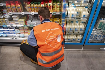 Supermarkt als 'oorlogsgebied'; nog te veel klanten lappen de 1,5 meter afstandsregel aan hun laars
