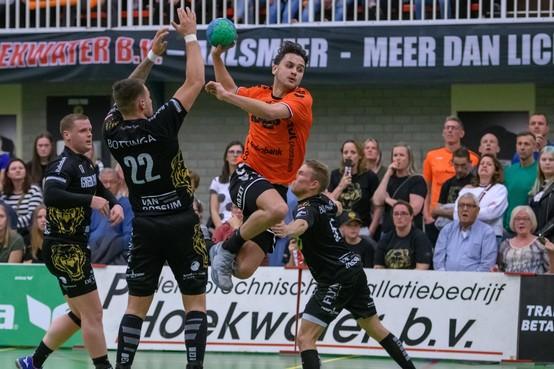 Handballers Volendam houden vertrouwen in landstitel na verlies in Aalsmeer