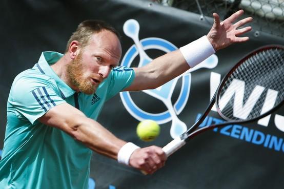 Tennisser Bart de Gier favoriet tijdens twee sterren nationaal ranglijstoernooi Social Blue Open