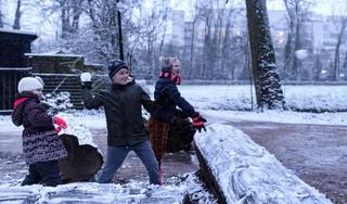 Geniet ervan, het is maar voor even: Sneeuw!!