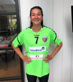 Handbalster Lynn Molenaar hoopt bij Berlijn op meer speelminuten
